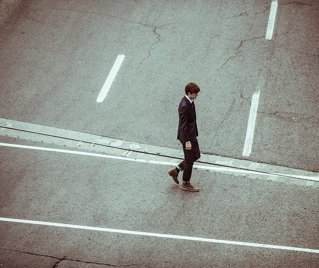sám na ulici