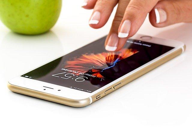 používání smartphonu