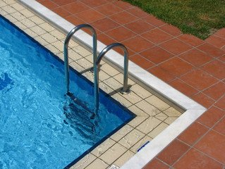 pool-1417328